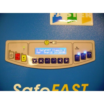 microbiological-safety-cabinet-safefast-classic-keyboard