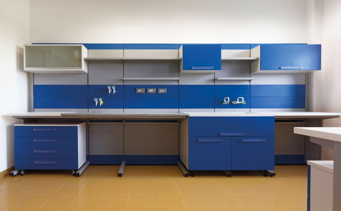 Laboratory  complete furniture